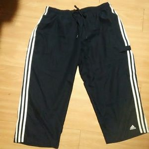 Adidas essential blue sports capri